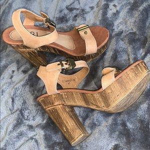 Tobi Tan and wood chunk heels